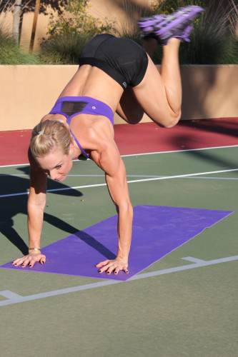 Plank Mat Jumps